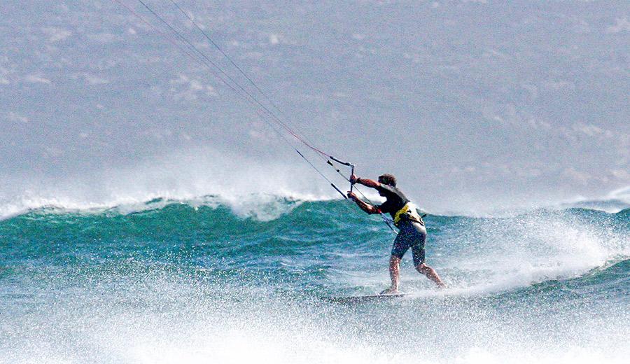 kitesurfing corsica
