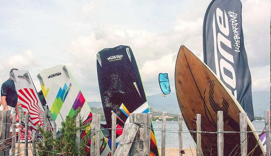 location planche de kite corse