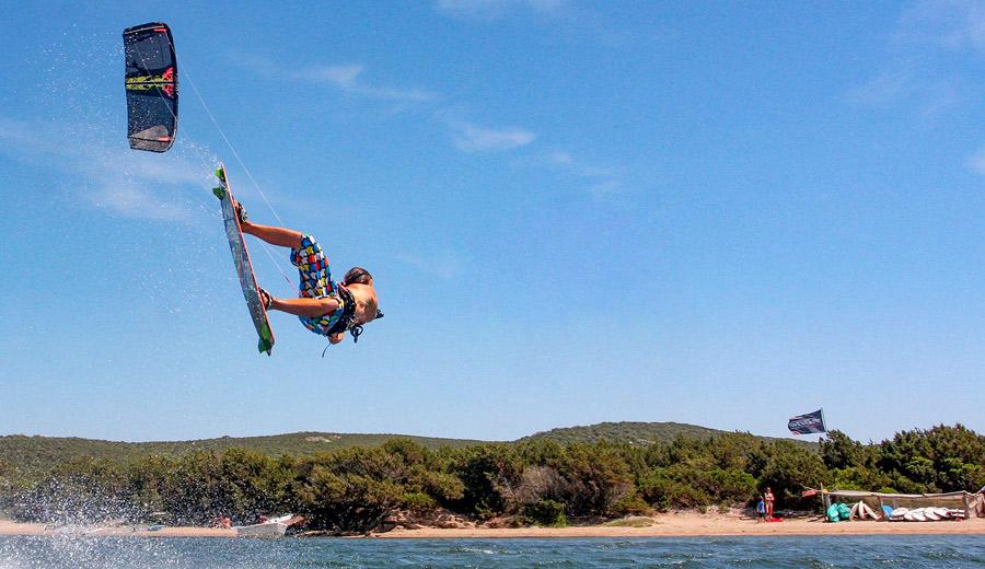 freestyle kitesurf figari bonifacio