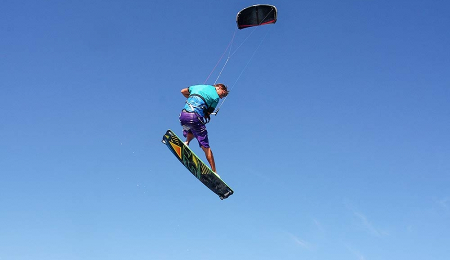 photo kitesurf corse